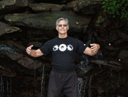 QiGong: The Eight Brocades with Allen