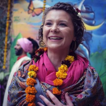 The Yamas & Niyamas: Explore, Uncover, Connect with Lauren