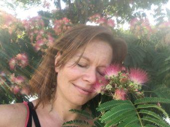 Sarah Jean Tubbs, Acupuncturist
