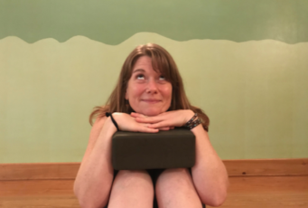 Yoga Modifications for Every Body Part 1: Knee & Wrist Sensitivity with Dana